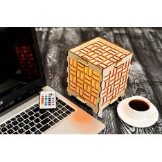 Long Distance Cube Lamp with Geometric Rectangles